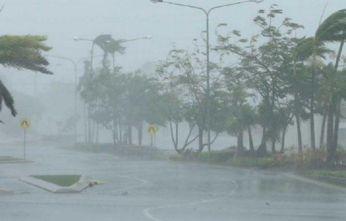 Heavy rain - පළාත් කිහිපයකට අදත් තද වැසි