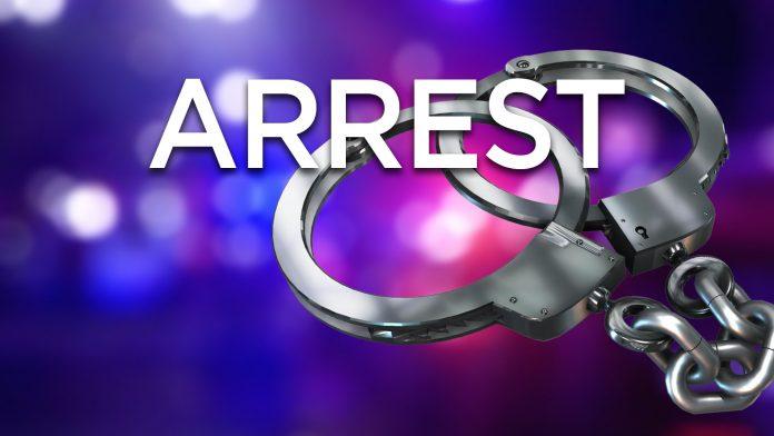 Birthday barty members arrested - තවත් උපන්දින සාදයක් වටලයි – කාන්තාවන් පස් දෙනෙකුත් එතැන